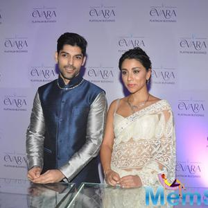 Smaran And Amrita Strikes A Sizzling Pose During The Evara Collection