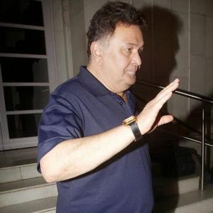 Rishi Kapoor Present At Anup Jalotas Wife Medha Jalota Prayer Meet