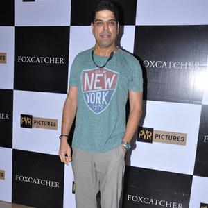 Murli Sharma Cool Pose During The Screening Of Hollywood Flick Foxcatcher