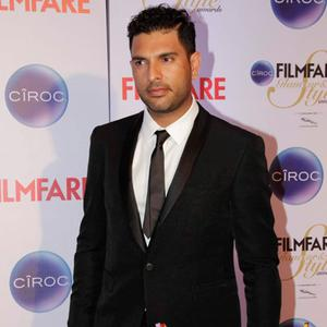 Yuvraj Singh Attend At The Ciroc Filmfare Glamour And Style Awards 2015