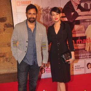 Parvin Dabas Posed With Wife Preeti Jhangiani At The Premiere Of Anupam Kher New Play Mera Who Matlab Nahi Tha