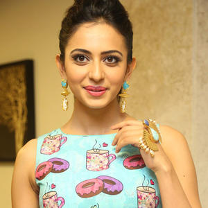 Rakul Preet Singh Charming Face Look Still