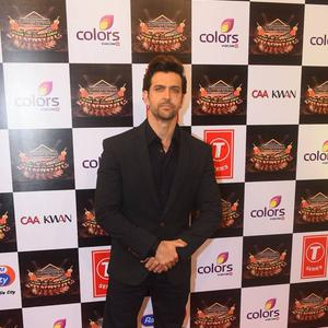 Hrithik Roshan Dashing Look On Red Carpet At Suron Ke Rang Color Ke Sang Musical Event