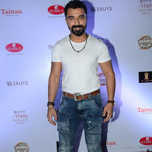 Ajaz Khan Posed For Photographers At The Telly Calendar Launch