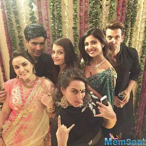 Aishwarya Strikes A Pose With Bollywood Stars During Diwali Event