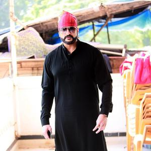 Armaan Kohli Stylish Look During Nanak Naam Jahaz Hai Poster Launch