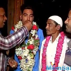 Autorickshaw driver's son Mohammed Siraj lands Rs 2.6, Tanmay Agarwal on top