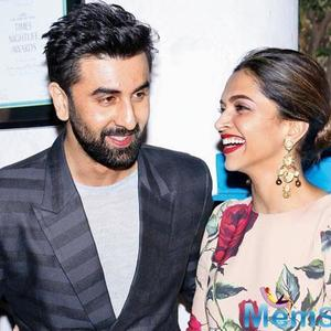 Deepika Padukone and Ranbir Kapoor share a peck on the cheek, prove that exes can be friends