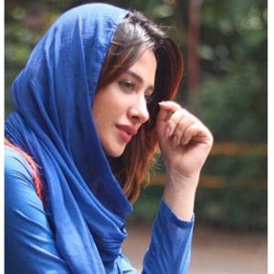 Amid Lockdown, Mahira Sharma says charity begins at home