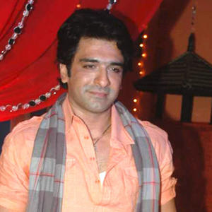 Eijaz khan is back for Shubh Vivah Serial