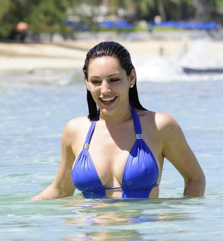 Kelly Brook On The Beach In Barbados