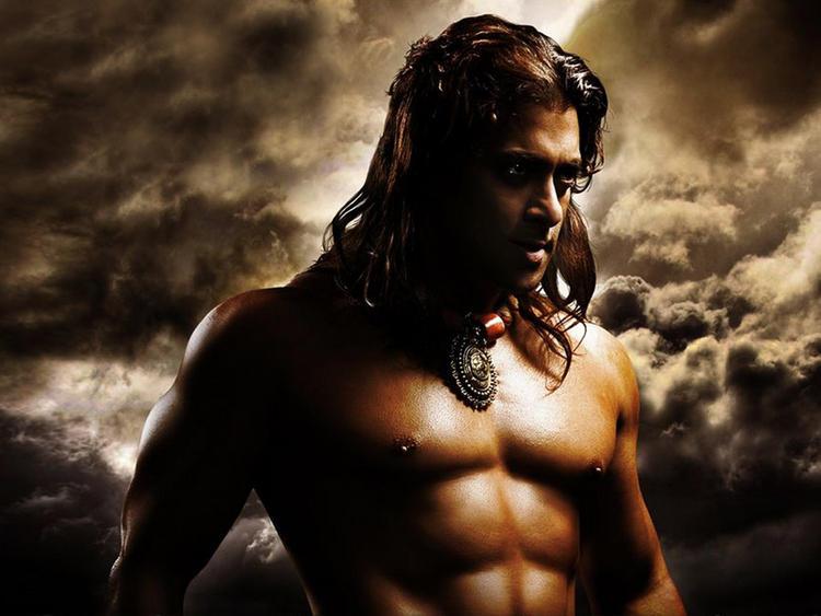 Salman Khan hot in Veer