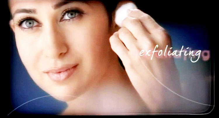 Karisma Kapoor glorious skin wallpaper