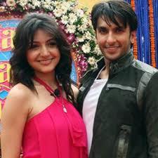 Anushka sharma with Ranbir singh cute stills