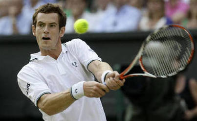 Andy Murray Playing Photo