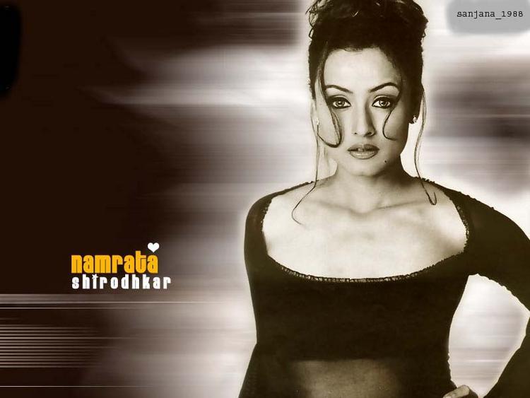 Namrata Shirodkar Hot Sexy Photo