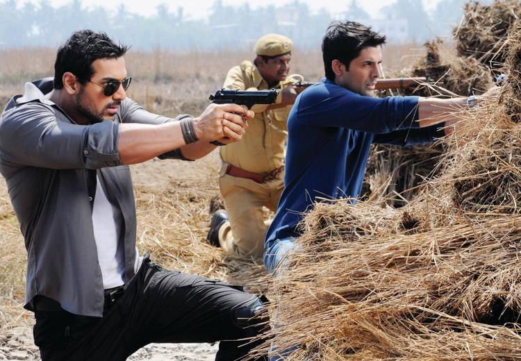John Abraham in Force movie fight still