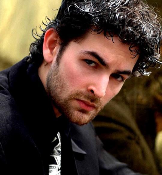 Neil Nitin Mukesh hot look