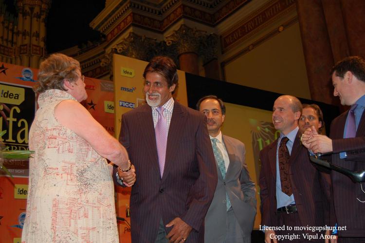 Amitabh Bachchan in a new Jacket