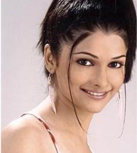 Prachi Desai Beauty still