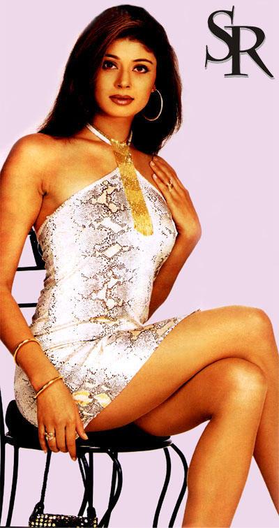 Model Actress Pooja Batra Wallpaper