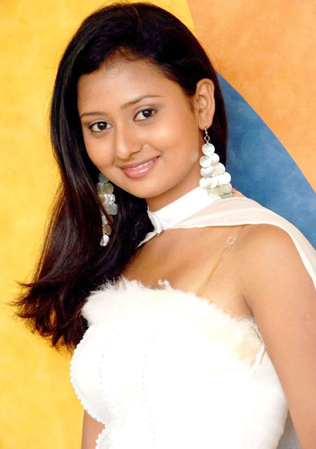kannada-actress-amulya-naked-rauch