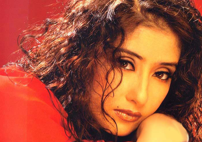 Glam Girl Manisha Koirala wallpaper