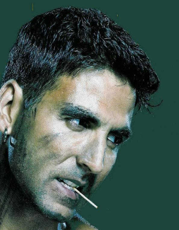 Akshay kumar with cigarette wallpaper
