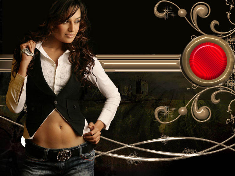 Yuvika Choudhary sexy look wallpaper