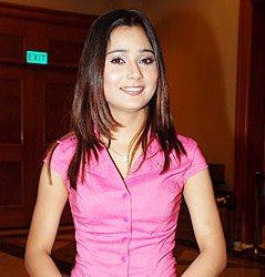 Sara Khan looks hot in pink tops