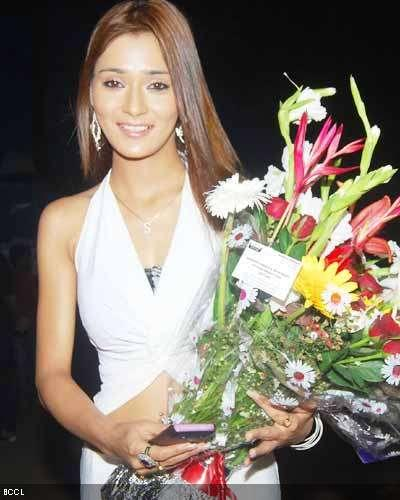 Sara Khan latest images with white color dress