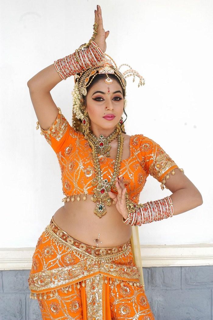 Actress poorna snake dance still