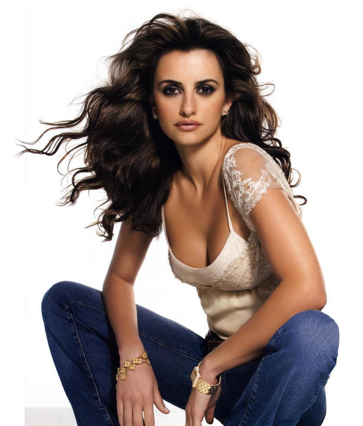 Penelope cruz sexy cleavages glamour still