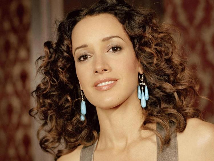 Jennifer beals cute face hair pictures