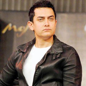 Aamir Khan hot look