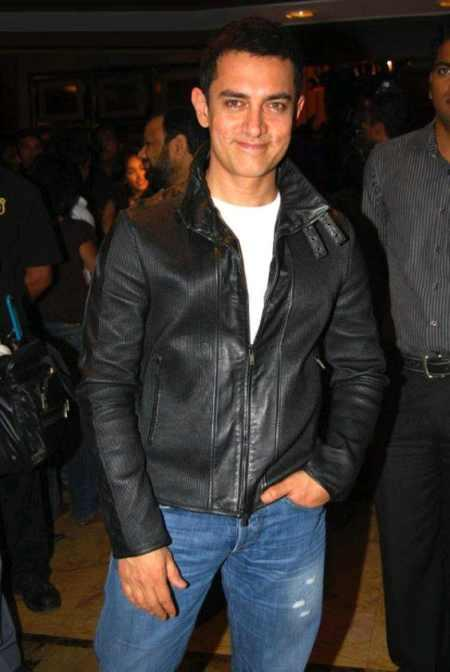 Aamir Khan black coat still