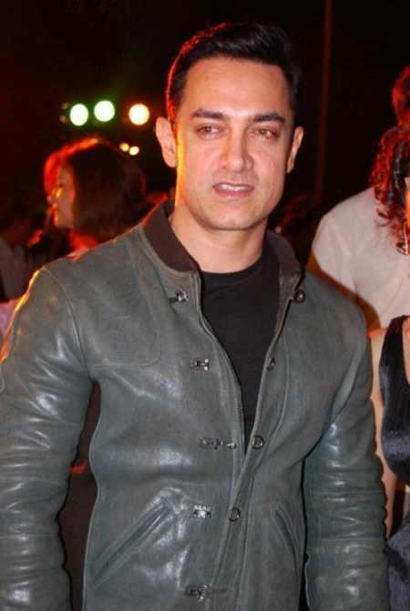 Aamir Khan gorgeous look