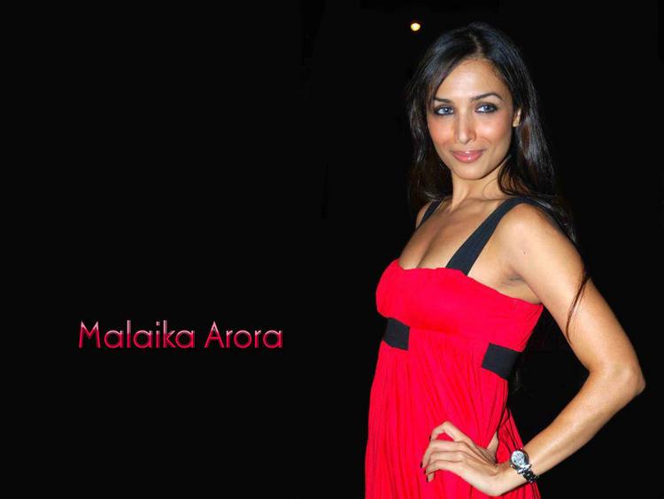 Malaika Arora red dress hot still