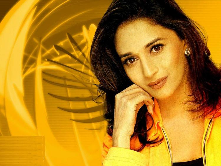 Madhuri Dixit simple look gorgeous photo