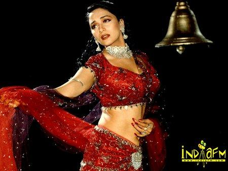 Madhuri Dixit red hot sexy saree pic