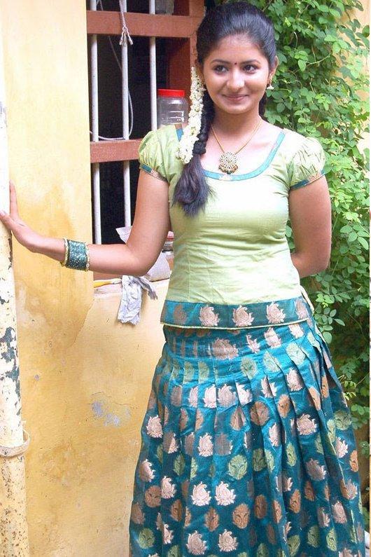 Reshmi Menon sweet smile pic