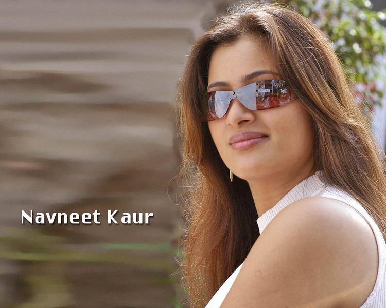 Navneet Kaur beauty still