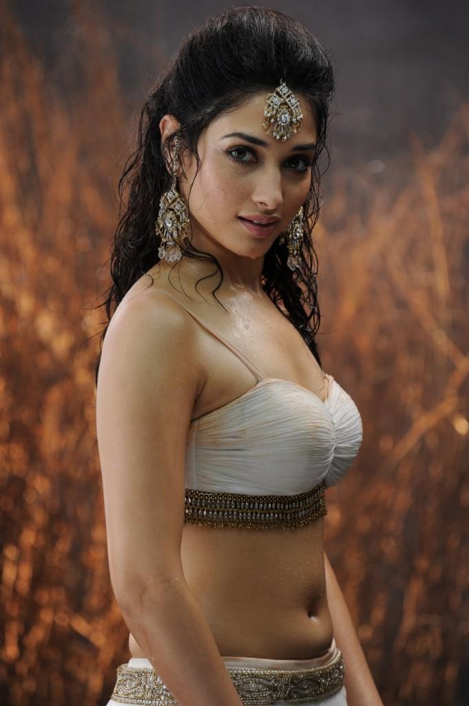 Badrinath telugu movie tamanna sexy navel stills