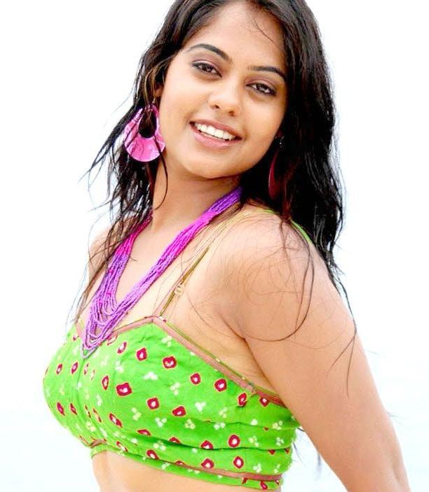 Bindu Madhavi hot photo shoot