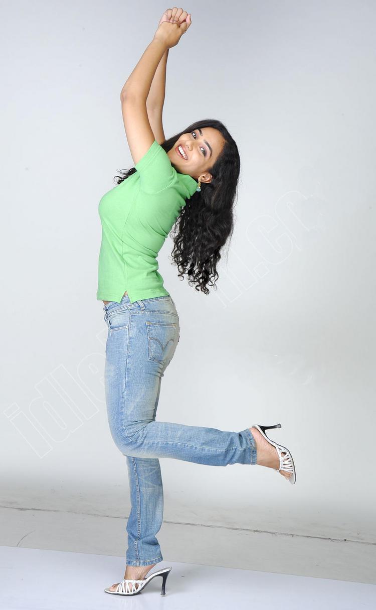 Nithya Menon cute photo