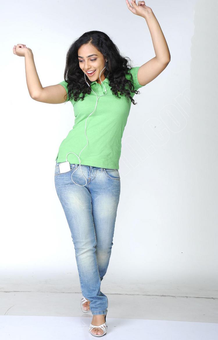 Nithya Menon cutest photo shoot