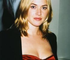 Kate Winslet  hot boob show wallapper