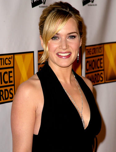 Kate Winslet hot black color dress pic