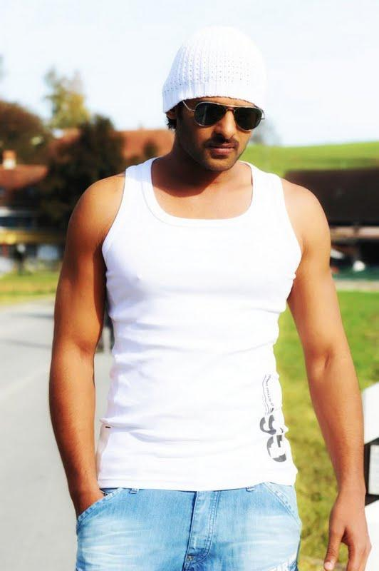 Prabhas sexy pic in Darling