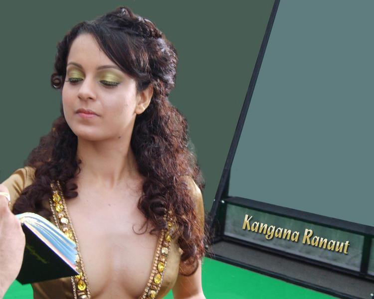 Sizzles Kangana Ranaut wallpaper